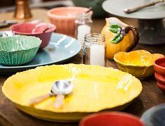 cerâmicas multicoloridas.