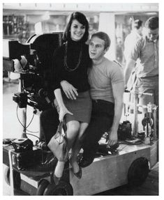 "Natalie Wood"" with Steve McQueen during production of Love With the Proper Stranger Old Hollywood Stars, Hollywood Actor, Classic Hollywood, Vintage Hollywood, Hollywood Actresses, Natalie Wood, Steve Mcqueen, I Movie, Movie Stars"