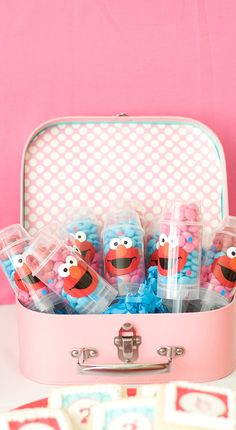 Elmo Push Pop Favors Elmo Birthday Party For Girls | POPSUGAR Moms Photo 4