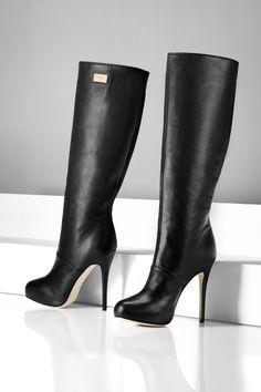 ESCADA boots - plain and simple