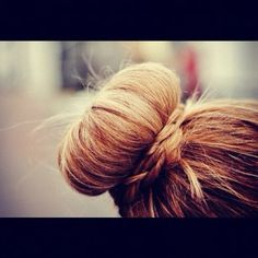 Easy + cute hair idea. Love It have to do this hair style