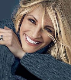 Wonderful smile #JuliaRoberts #Womanfashion #topfashion #fashionable #Fashion #Style #Woman #Womanstyle #Sensual #Lookcool #Trend #Awsome #Luxury #TimelessElegance #Charming #Apparel #Clothing #Elegant #Instafashion #Cool #musthave #Chic #beauty #inspiration #trendy #swag #Picoftheday