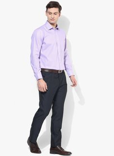 d4ffc42f763 Buy Van Heusen Purple Solid Regular Fit Formal Shirt for Men Online India