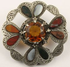 Victorian Scottish Agate and Sterling Silver Brooch