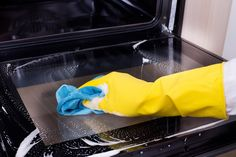 You keep your stove top sparkling clean. But how about that oven window? We figured out how to clean oven glass without using toxic or harsh cleaners.