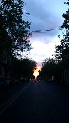 Boulevard at dawn