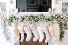 elegant-christmas-fireplace-mantel