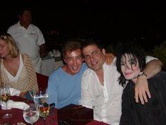 Поцелуи и объятья - Страница 3 - Майкл Джексон - Форум