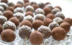 Всеми любимые конфеты оказывается очень легко приготовить. Это рецепт ещё наших бабушек. Они безумно вкусные получаются.