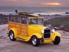 Vintage yellow woody
