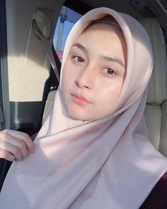 63 Trendy Ideas for makeup wedding hijab eyes Hijab Niqab, Muslim Hijab, Hijab Chic, Mode Hijab, Beautiful Lips, Beautiful Hijab, Wedding Hijab, Wedding Makeup, Trendy Tattoos