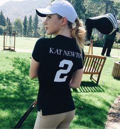 Kathryn Newton Kathryn Newton, Sabrina Carpenter, Trending Memes, Pretty Girls, It Cast, T Shirts For Women, Celebrities, Tees, Beautiful