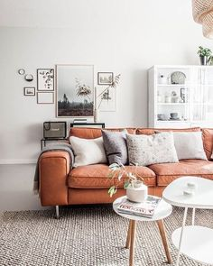 Novel Small Living Room Design and Decor Ideas that Aren't Cramped - Di Home Design Home Living Room, Apartment Living, Living Room Designs, Living Room Furniture, Living Room Orange, Burnt Orange Decor, Living Room Decor Orange, Furniture Sets, Arrange Furniture