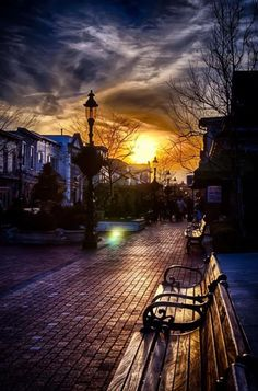 It remind me of these European towns we would visit. Snuggling on a bench talking about the future and enjoying nature beautiful museum. ... #Photo #Photography #Nature #NaturePhotography #Landscapes #Sunsets