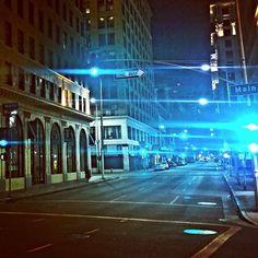 #dtla #downtown #main #mainstreet #streets #streetphotography #dtlaeveryday #losangeles #downtownla #dtlalife #happeningindtla #photography #streetlights #dtlanights #night