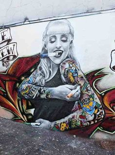 16 Street Art Murals That Celebrate Tattoo Art Tattoodo street art tattoo - Tattoos And Body Art 3d Street Art, Urban Street Art, Murals Street Art, Amazing Street Art, Art Mural, Street Art Graffiti, Street Artists, Amazing Art, Awesome