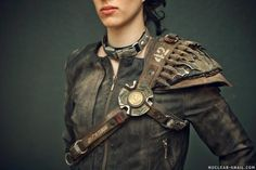 Jackdaw 01 by NuclearSnailStudios on DeviantArt Post Apocalyptic Clothing, Post Apocalyptic Costume, Post Apocalyptic Fashion, Apocalypse Costume, Apocalypse Fashion, Apocalypse Gear, Costume Armour, Cosplay Costume, Mad Max Costume