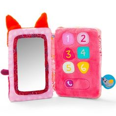 Le téléphone en tissu Smart Wonders Alice la Renarde de la marque Lilliputiens permettra à votre enfant de vous imiter à téléphoner à son entourage.  Caractéristiques techniques :  - 6 touches sonores. - Miroir. - 3 piles LR 44 incluses.