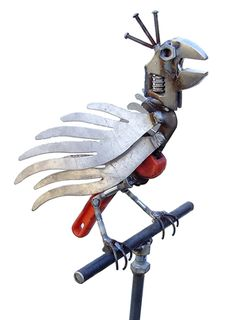Bird On Stand - Recycled steel - Garden Sculpture Recycled Metal Garden Art is something I'd love to learn. Will they take 52 year old women in metal shop classes?