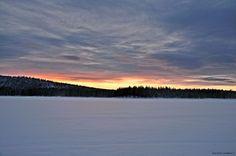 Last glimpse of arctic daylight by aplog1