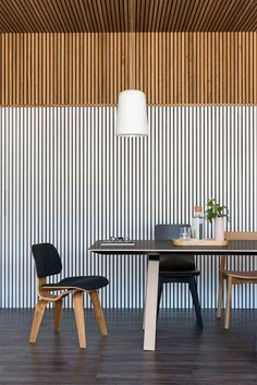 Glosswood's new range of Acoustic Panels! Photo by Gathering Light & Styling by Meghan Plowman Tv Wall Design, Bookshelf Design, House Design, Timber Slats, Timber Panelling, Acoustic Wall, Acoustic Panels, Wood Slat Wall, Bookcase Wall