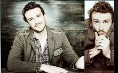 I have a serious crush on Jason Segel. <3