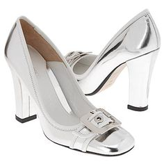 Boxy Shoes and Bags! Dress Shoes, Shoes Heels, Pumps, Silver Heels, Me Too Shoes, High Heels, Bags, Cinderella, Toe