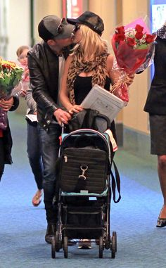 #17898 Michael Buble & Luisana Lopilato