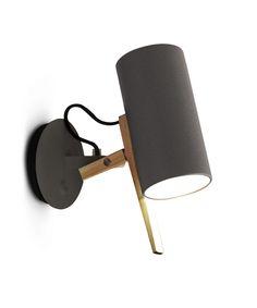 Scantling A wandlamp van Marset is ontworpen door Mathias Hahn
