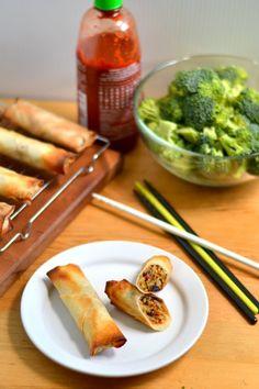 Crispy Baked Broccoli Sriracha Spring Rolls recipe #vegan #vegetarian