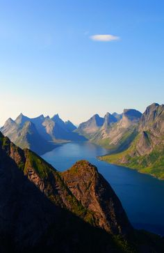 Hiking in Lofoten, Norway. An absolutely incredible experience in Summer! #lofoten #norway