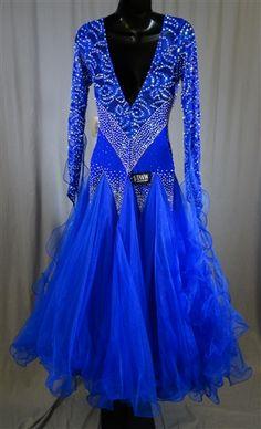 Elegant Royal Blue Lace Ballroom Dress