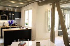 TOP PICK…LOVE! A 17th century apartment with a modern touch! Saint-Germain-des-Prés, Paris (1 BR + sofa bed, AC) $231/NIGHT
