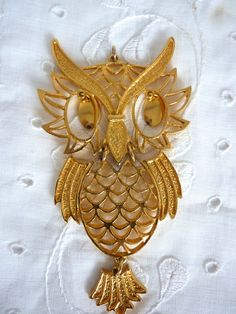 Owl Pendant Articulated Goldtone by BonniesVintageAttic on Etsy
