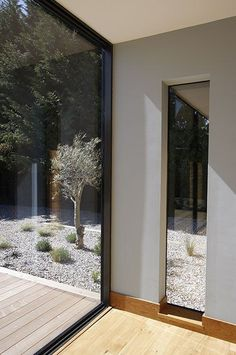 Architektur Frameless Windows Your Guide to Bathroom Planning and Design This bathroom planning guid House Exterior, Windows And Doors, House Design, Window Design, Windows, New Homes, House Extension Design, Building A House, Frameless Window