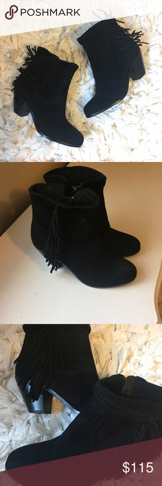 """Sam Edelman Louie fringe bootie NWOT. Boho-chic, fringed booties in smooth suede * Stacked heel, 2.5"""" * Suede upper * Almond toe * Synthetic lining and sole * Top can be folded down or left up Sam Edelman Shoes Ankle Boots & Booties"""