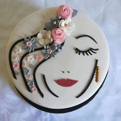 Happy Birthday Cakes For Women, Birthday Cake For Mom, Beautiful Birthday Cakes, Birthday Cake Write Name, Birthday Cake Writing, Cake Frosting Designs, Cake Icing, Hairdresser Cake, Red Velvet Cake Decoration