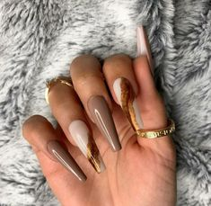 Best Chosen Acrylic Coffin Nails Design For Prom And Party Edgy Nails, Glam Nails, Stylish Nails, Grunge Nails, Brown Acrylic Nails, Best Acrylic Nails, Acylic Nails, Fire Nails, Minimalist Nails