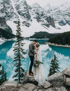 A Magical Elopement Near the Turquoise Waters of Lake Louise and Moraine Lake - Green Wedding Shoes wedding winter A Magical Elopement Near the Turquoise Waters of Lake Louise and Moraine Lake Moraine Lake, Lac Louise, Alaska Wedding, Montana Wedding, Before Wedding, Elopement Inspiration, Winter Elopement Ideas, Lake Wedding Ideas, Wedding Inspiration