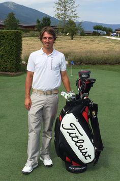 Cédric Steinmetz, notre professeur de golf, vous attend pour vous initier au golf ou améliorer votre swing. #golf #pro