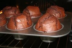 Chocolate Atomic Muffins – Chef's Cooking – The most beautiful recipes Simple Muffin Recipe, Healthy Muffin Recipes, Healthy Muffins, Breakfast Recipes, Chocolate Chip Muffins, Chocolate Chip Recipes, Baking Recipes, Cake Recipes, Patisserie Cake