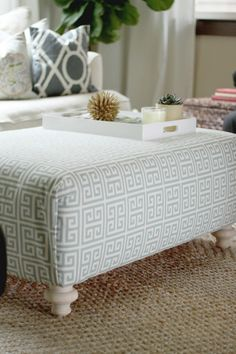 feeling lovesome: diy upholstered ottoman