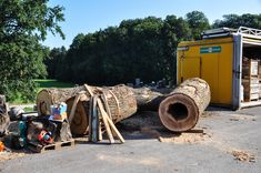 We cut a third of the hollow log off, otherwise this thing would have become too massive, even for our standards ; Oak Logs, Firewood, Designer, Third, Woodworking, Unique, Kitchen, Crafts, Tree Trunk Table