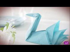 Le pliage de serviette en forme de c ur finalise - Pliage de serviette porte couvert ...