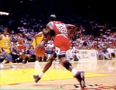 Michael Jordan - 1991 NBA Finals More 80s & 90s NBA gifs at: http://bit.ly/2kSz04d