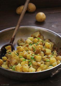Garlic Home Fries - Fried Potatoes with Garlic
