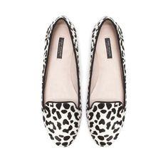 Image 1 of LEOPARD PATTERN SLIPPER from Zara