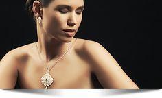 Drachenfels-Schmuck im Ramplenlicht Schmuck Design, Diamond Earrings, Jewelry, Bangle, Earrings, Stud Earring, Necklaces, Diamond Studs, Jewlery