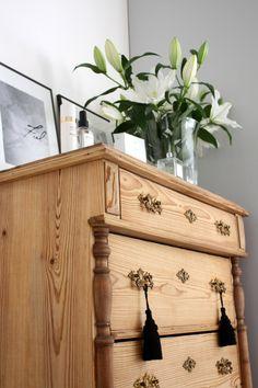 homevialaura #antique #dresser #lilies #flowers #chanel #balmain #tassels