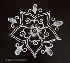 Simple Rangoli Border Designs, Rangoli Designs Latest, Rangoli Designs Flower, Free Hand Rangoli Design, Small Rangoli Design, Rangoli Kolam Designs, Rangoli Ideas, Rangoli Designs With Dots, Beautiful Rangoli Designs